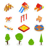 Scherzt isometrischen Spielplatz 3D Drei Farbikonen auf Pappumbauten Lizenzfreies Stockbild