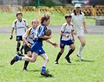 Scherzt Rugbymatch. Lizenzfreie Stockfotografie