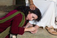 Scheuren van schande van Mary Magdalene royalty-vrije stock afbeelding