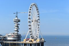 Scheveningen ferris wheel and bungee jumping tower Royalty Free Stock Photos