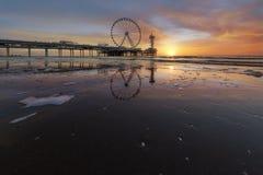 Scheveningen-Sonnenuntergangschattenbild Lizenzfreie Stockfotos