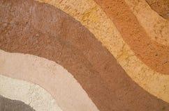 Schicht trockener Boden knackt natürliche Beschaffenheit und Hintergrund stockfoto