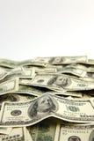 Schichten von Vereinigten Staaten hundert Dollarscheine Stockfotos