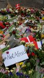 Schießenterroranschlag-Blumenrespekt Kopenhagens Dänemark Stockfoto