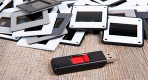 Schieben Sie Stapel- und USB-Blitz-Antrieb Stockfotos
