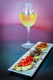 Schieber mit einer Vielzahl von Belägen an einem Restaurant des strengen Vegetariers Stockfoto
