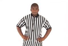 Schiedsrichter, der Fußball offsides oder Basketballquerstation nennt Lizenzfreie Stockfotos