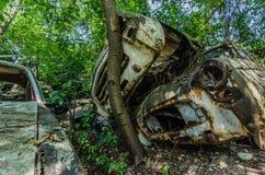 schiefe Autos Stockfotografie