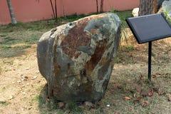 Schieferstein: ist ein feinkörniger, zerlegbarer Sedimentgestein, der aus Schlamm besteht, der eine Mischung von Flocken von Tonm stockfotografie