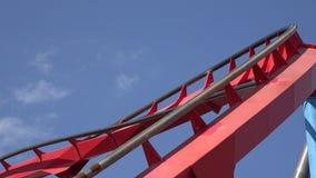 Schienen der Achterbahn Stockbilder
