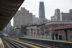 Schienenstränge und Stationsplattform New York USA Stockbild