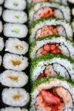 Schiera dei rulli di sushi Fotografia Stock Libera da Diritti