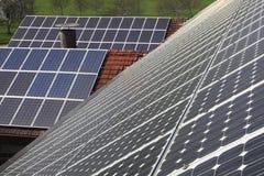 Schiera fotovoltaica Immagini Stock
