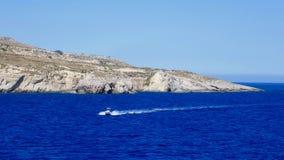 Schiff auf dem Meer Lizenzfreie Stockbilder