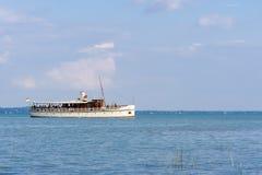 Schiff auf Plattensee Stockfoto