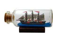 Schiff in einer Flasche stockfotografie