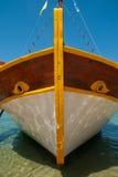 Schiff im Meer im Sommer Griechenland Stockfotografie