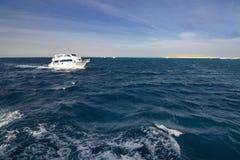 Schiff in Redsea lizenzfreie stockfotografie