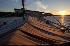 Schiff und See in einem Wald, Polen, Masuria, podlasie Stockfotografie
