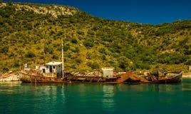 Schiffbruch III in Alonissos-Insel, Griechenland stockbilder