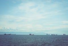 Schiffe auf Wasser Stockfotos