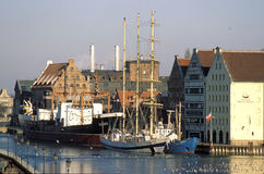 Schiffe in Gdansk-Hafen Lizenzfreies Stockfoto