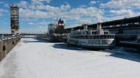 Schiffe im Eis Lizenzfreie Stockfotografie