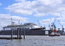 Schiffsbau eines Kreuzfahrtschiffs Stockfotografie