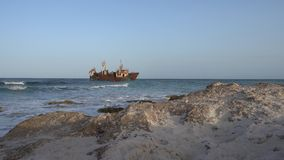 Schiffswrack in Kelibia, Tunesien stock video footage