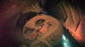 Schiffswrack Unterwasser im Roten Meer stock video footage