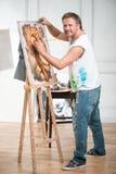 Schilder en zijn art. Royalty-vrije Stock Foto