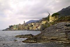 Schilderachtige kust in Italië Stock Afbeeldingen
