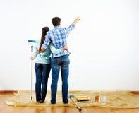 Schilderend nieuw huis stock fotografie