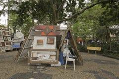 Schilderijen voor verkoop in Embu das Artes royalty-vrije stock foto's