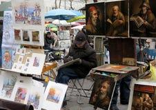 Schilders op zijn plaats du Tertre in Parijs Stock Afbeeldingen