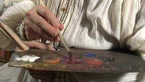 Schildersstudio, palet in close-up stock videobeelden