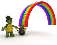 Schildkröte mit Goldschatz am Ende des Regenbogens Lizenzfreies Stockbild