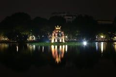 Schildkröten-Turm auf Hoan Kiem See, Hanoi Lizenzfreies Stockbild