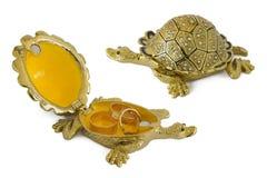 Schildpad - metaaldoos voor juwelen stock fotografie