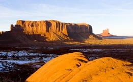 Schildwacht Mesa, het Nationale Park van de Monumentenvallei, Utah-Arizona, de V.S. stock foto's