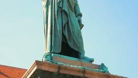 Schiller pomnik przy Schillerplatz, Stuttgart, Baden-Wuerttemberg, Niemcy zdjęcie wideo