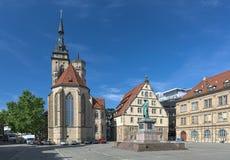 Schillerplatz kwadrat z Schiller pomnikiem i Uczelniany kościół w Stuttgart, Niemcy zdjęcie stock