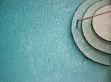 Schimmerndes Wasser im Pool Stockbilder