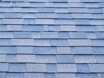 Schindeln auf dem Dach Lizenzfreies Stockfoto