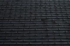 Schindeln auf einem Dach Stockbild