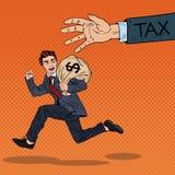 Schiocco Art Businessman Escapes Taxes con la borsa dei soldi Fotografia Stock Libera da Diritti