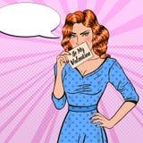 Schiocco Art Woman Holding Card Be il mio biglietto di S. Valentino Fotografie Stock