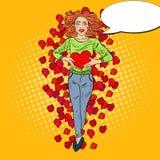 Schiocco Art Woman nell'amore con cuore in Rose Petals Fotografia Stock Libera da Diritti