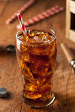 Schiocco di soda pieno di bolle di rinfresco fotografia stock