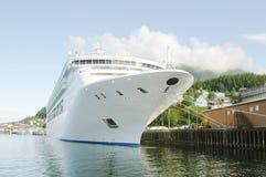 Schip bij haven royalty-vrije stock foto's